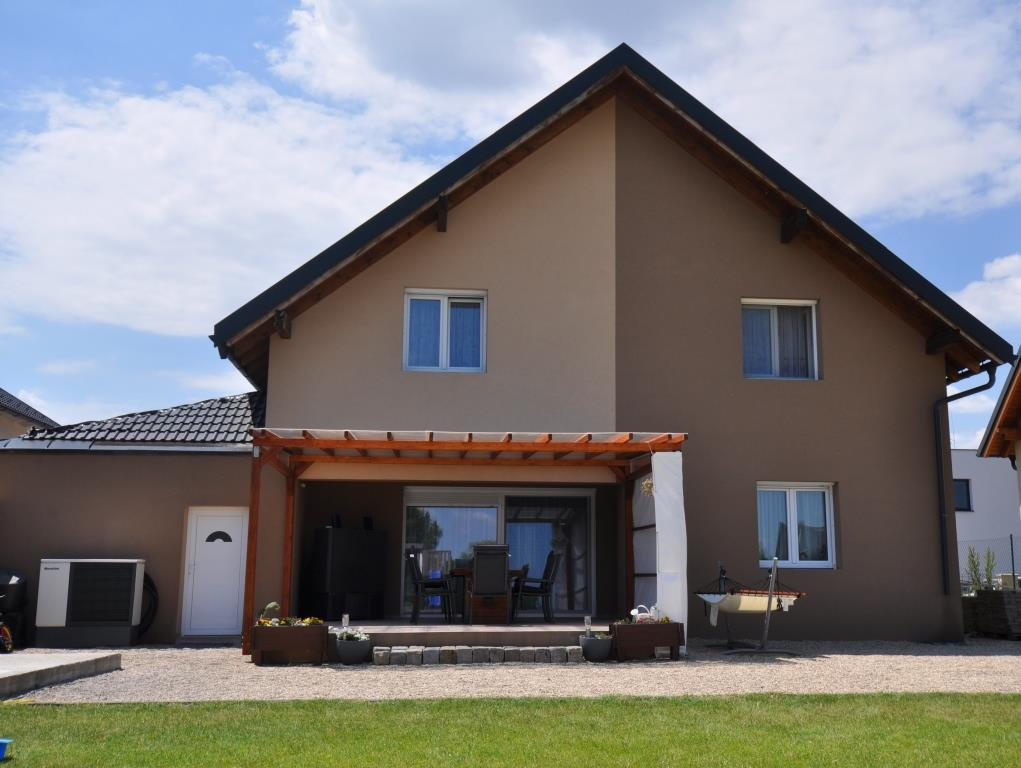 NEUWERTIGES Einfamilienhaus auf GROSSEM Grund in Pottendorf