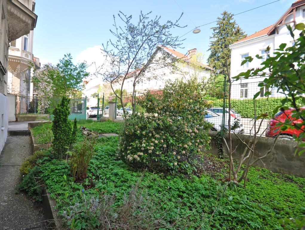 STILVOLL ausgestatteter, GENERALSANIERTER Altbau in Hetzendorf