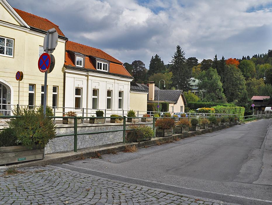 ERSTBEZUG-BÜRO-/PRAXISRÄUMLICHKEITEN IM ZENTRUM VON WEIDLING/KLOSTERNEUBURG
