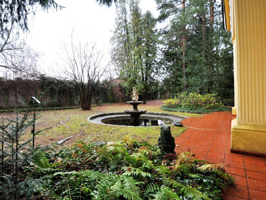 HERRSCHAFTLICHES ANWESEN auf 10.600 m² in Neulengbach