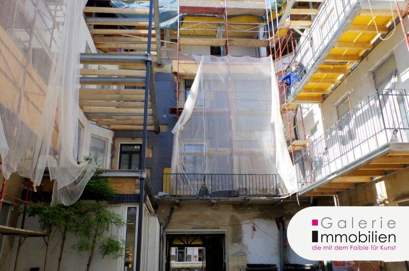 Nähe Naschmarkt - Hochwertige Altbauwohnung mit Balkon in revitalisiertem Biedermeierhaus Objekt_32534