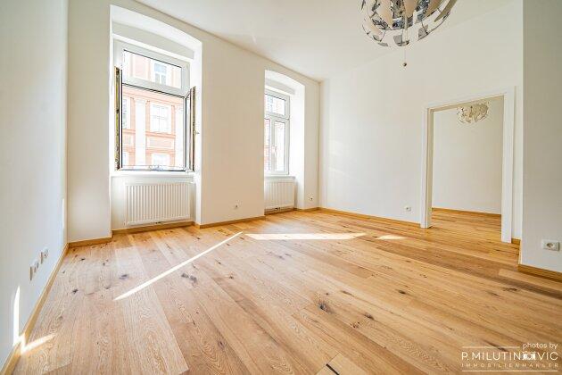 Foto von NEU in Währing++ ERSTBEZUG ++ Sehr Charmante 2-Zimmer Wohnung im ALTBAUSTIL++Flügeltür & Kachelofen++1180 Wien++