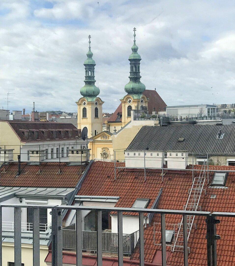 Westseitiger Ausblick auf die Servitenkirche