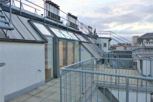 Exklusive DG-Maisonette Wohnung mit Terrasse und Fernblick- Nahe AKH