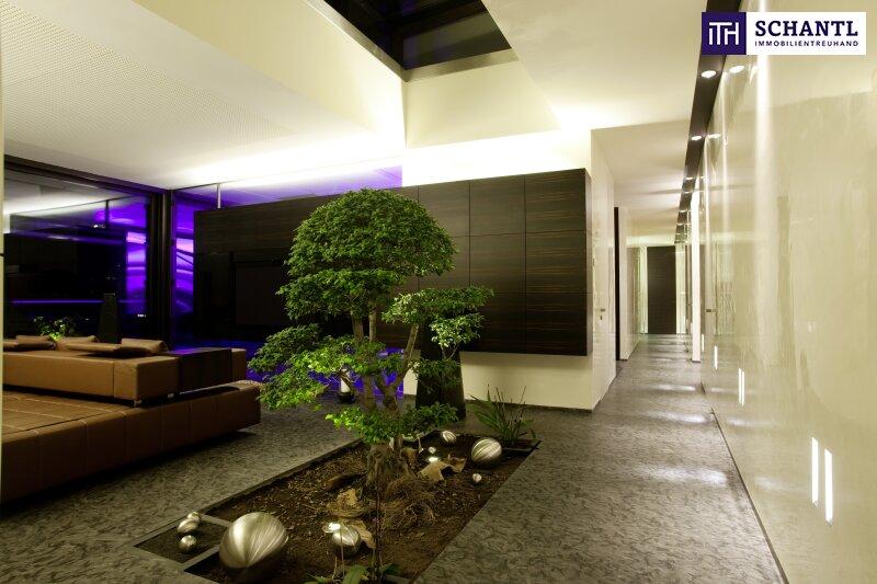 PHÄNOMENAL, EINZIGARTIG, ATEMBERAUBEND - Designer LUXUS-Penthouse mit Panoramablick + Riesige Terrassen + Indoor Pool + Sauna + Kamin + Ruhelage + drei tw. überbreite Tiefgaragenplätze uvm. in Graz! /  / 8045Graz-Andritz / Bild 1