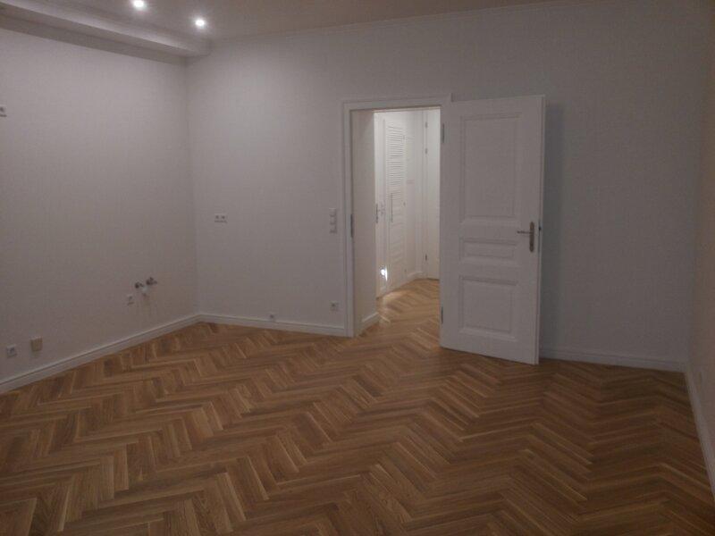 EDELSANIERTE    2  Zimmer Stilaltbau  Wohnung 4. OG, Top 24,   1090 Wien,   SMART HOME STEUERUNG  ORIGINALBILDER