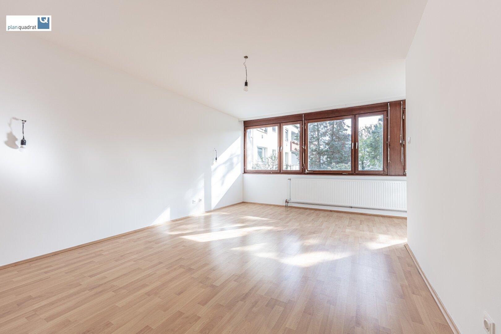 Wohn- / Esszimmer (ca. 23,80 m²)