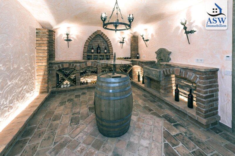 Luxuriöses Landhaus mit Indoor-Pool im Kitzbüheler Zentrum /  / 6370Kitzbühel / Bild 0