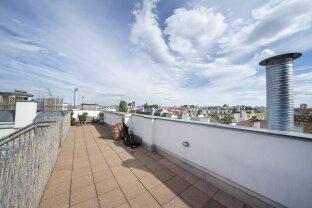 **2 Terrassen und 1 Balkon** Hofseitige Maisonettewohnung beim Naschmarkt mit optionalem Parkplatz