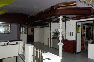 1070, Nähe Neubaugasse ablösefreies Restaurant mit ausgebautem  Keller große Nirostaküche betriebsanlagengenehmigt