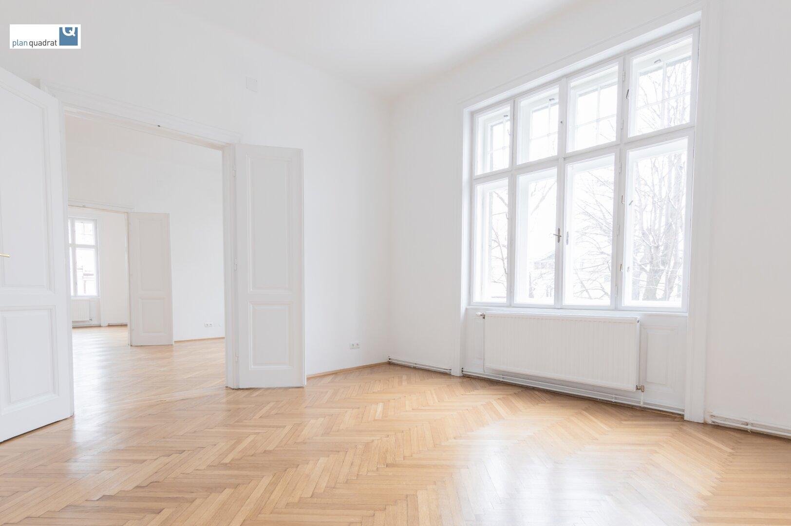 Zimmer 3 (gem. Plan; ca. 18,70 qm)