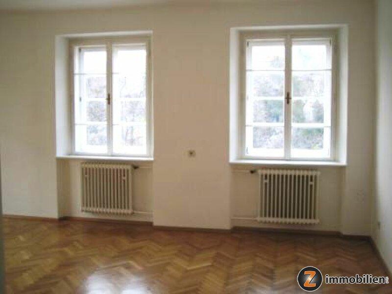 Eisenstadt: Zentral gelegene 98m² Altbaumietwohnung