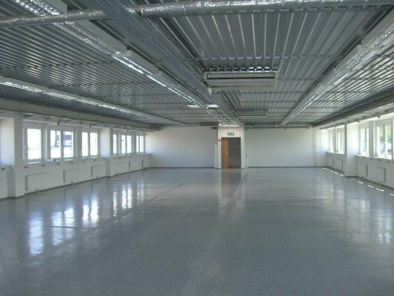 628 m² Loft