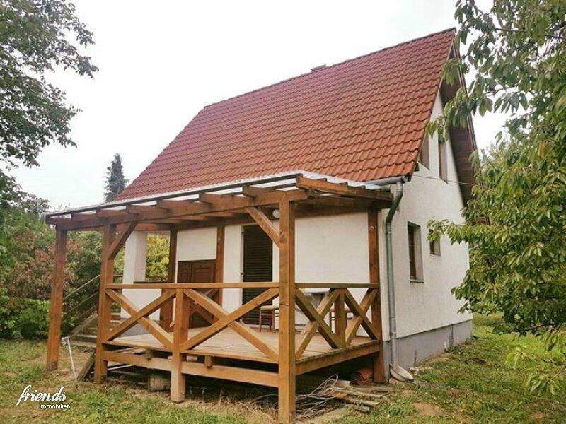 Ferienhaus mit großem Grund und Fernblick /  / 9554Borgáta / Bild 0