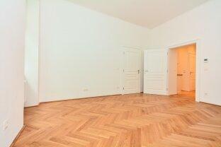 Erstbezug nach Sanierung - Ruhig gelegene 2 Zimmer Altbauwohnung