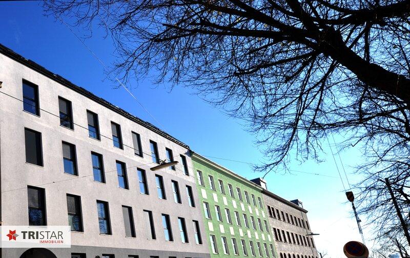++NEU++ 3-Zimmer-Dachgeschoßwohnung mit großer Dachterrasse im Generalrevitalisierte Altbau-Haus ++Nähe U-Bahn (U3) +++ /  / 1150Wien / Bild 16