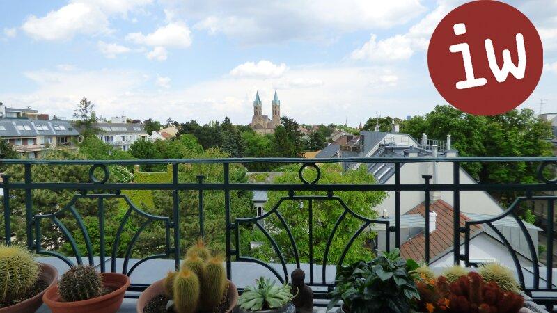 Traumhafte DG Wohnung, repräsentatives Stilhaus, Panoramablick Objekt_392 Bild_85