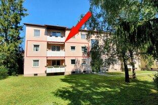 ruhig gelegene 3 Zimmer Eigentumswohnung mit Balkon