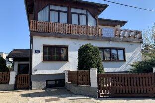Sehr gepflegtes Einfamilienhaus mit Pool, Sauna, Gartenhütte, Garage und Grillplatz