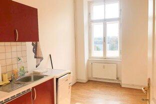 Günstige 2-Zimmer plus Küche Wohnung in einem schönen Altbauhaus nahe Hasnerplatz - perfekt für Singles/Paare oder auch als Studenten-WG geeignet!
