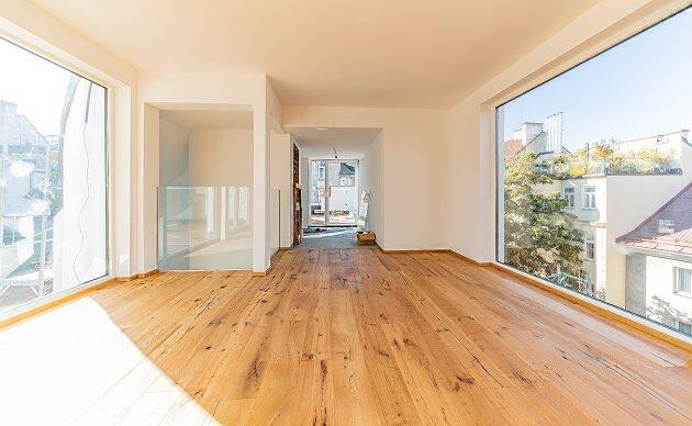 Foto von NEU! ++ Erstbezug: mit Aufzug direkt ins Wohnzimmer,4 Zimmer- Dachgeschosswohnung, ca. 175 m2 + 5 Terrassen insg. ca. 103 m2, Dachterrasse mit Panoramablick +1090 Wien (Top 23) ++
