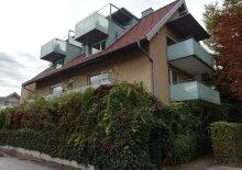 Einziehen und genießen! Möblierte 2-Zimmer-Wohnung+2 Balkone