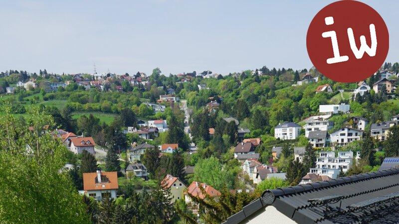 Geräumiges Einfamilienhaus in idyllischer 7.000 m² Grün-Lage mit Blick auf den Ölberg Objekt_377 Bild_82