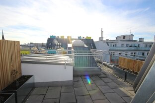 Luxury apartment including air condition and a spacious terrace with an awesome view!!