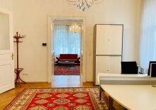 Wunderschöne Altbauwohnung - auch als Büro nutzbar!