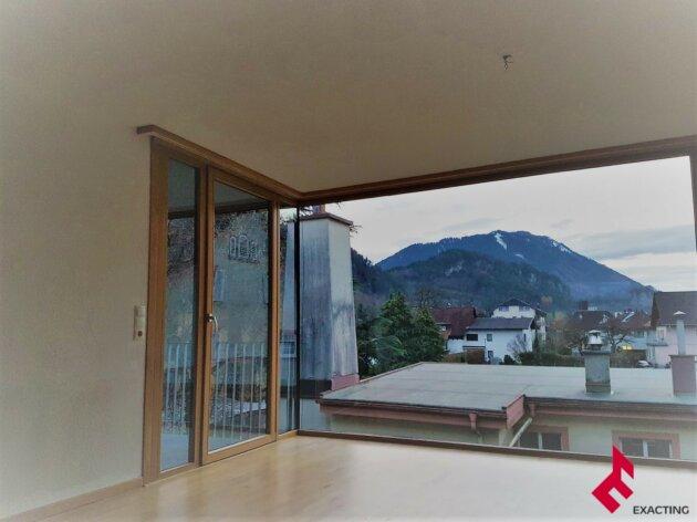 zentrale 3-Zi.-Wohnung mit Balkon