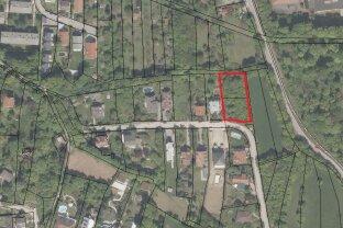 Großes Grundstück mit Platz für bis zu 4 Einzelhäuser oder 2 Doppelhäuser