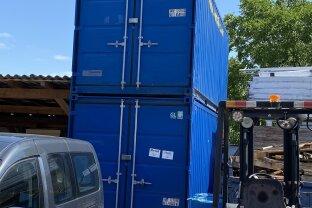 10 Container und eine Halle zu mieten!
