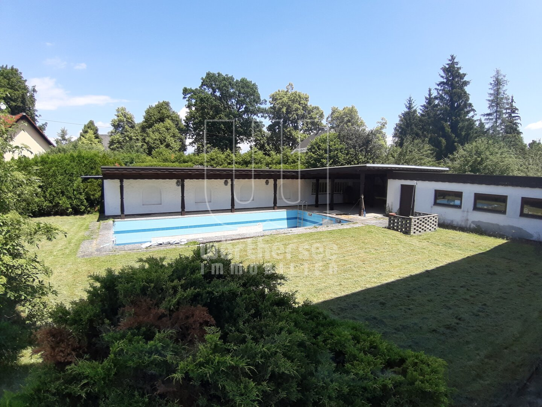 Garten - überdachte Terrasse - Pool