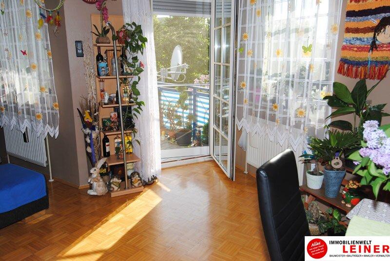 Schwechat: Top gepflegte 3 Zimmer Eigentumswohnung mit sonniger, ruhiger Loggia! Objekt_8837 Bild_710