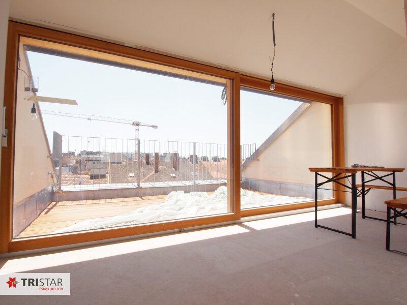 Hochwertig errichtete 3 Zimmer DG-Wohnung mit großer Wohnküche, Bad, separater Toilette und Terrasse, in wunderschöner Innenhofruhelage! /  / 1100Wien / Bild 1