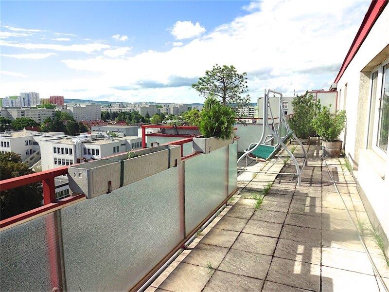 Weitblick: Terrassentraum, 103 m2 Wohnfläche + 74 m2 Terrasse, sonnig, ruhig, U1-Aderklaaerstraße! /  / 1210Wien / Bild 13