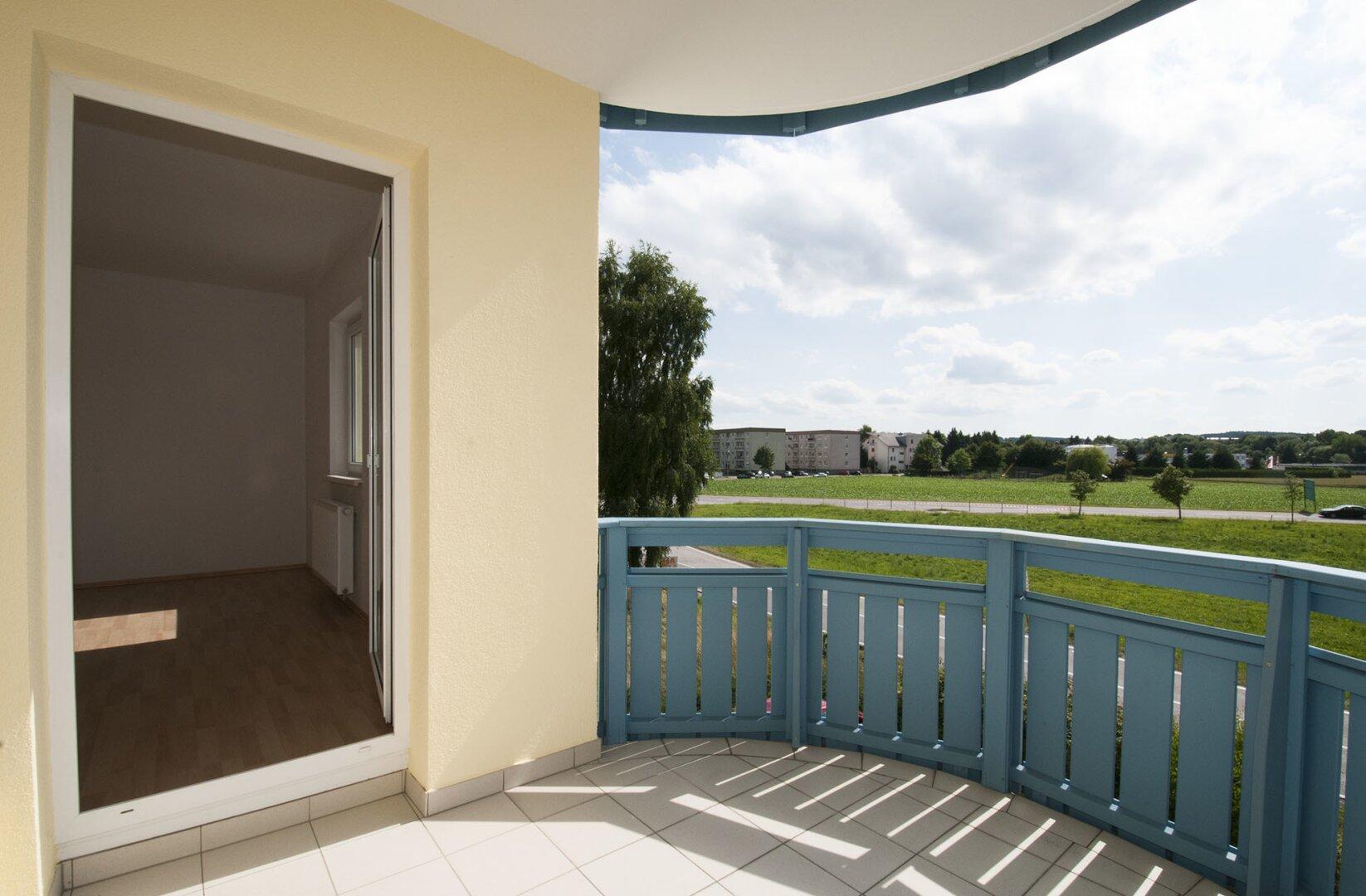 Loggia und Balkon ca. 7 m ² Blick nach Südwest