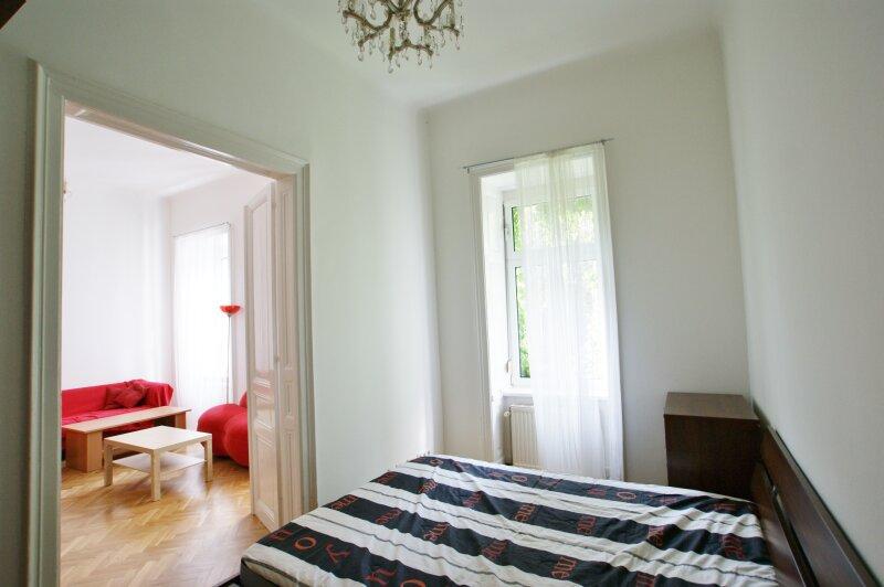 Gemütliche, möblierte 2-Zimmer Altbauwohnung