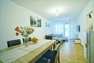 Großzügige Loggia-Wohnung in ruhiger Seitengasse !!!