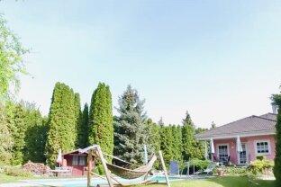 Ferienhaus/Einfamilienhaus mit POOL und eigenem FISCHTEICH - Ungarn Mosonmagyaróvár