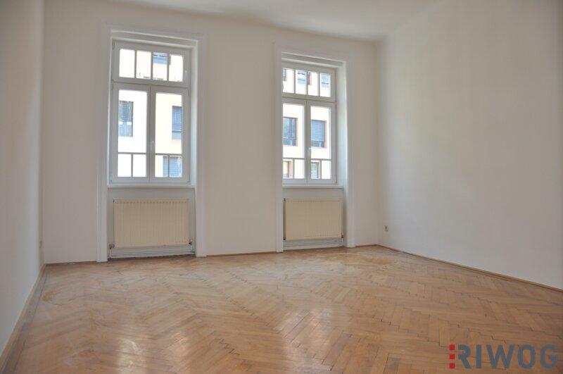 WG-tauglich! 4-Zimmerwohnung mit U-Bahnanbindung!