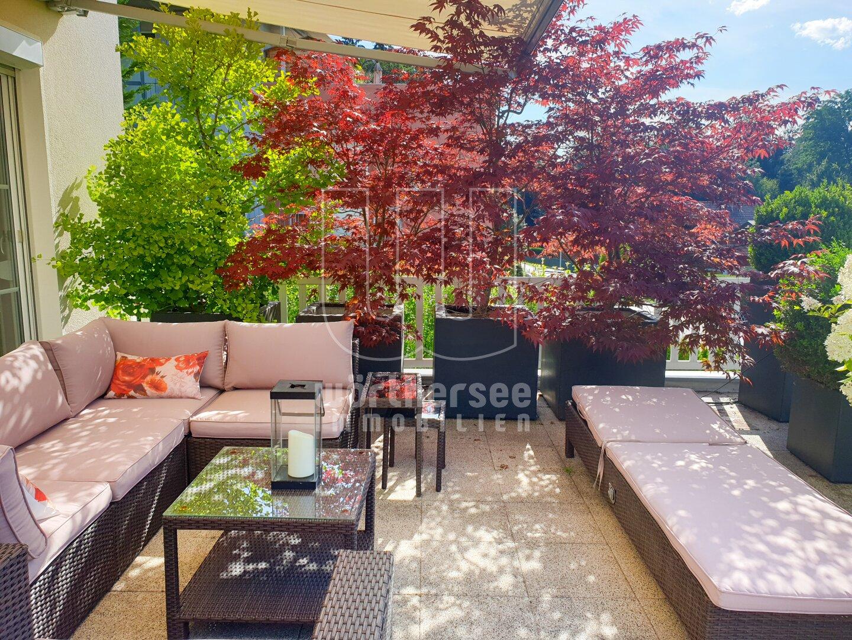 traumhafte Bepflanzung auf der Terrasse