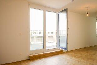 Erstbezug: 2-Zimmer-Dachgeschoßwohnung mit großer Terrasse und schönem Fernblick