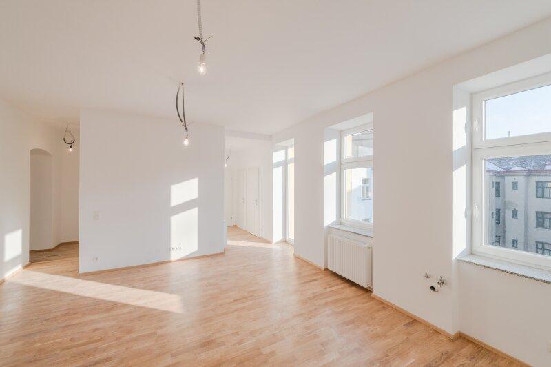 ++NEU** Kernsanierter 3-Zimmer ALTBAU-ERSTBEZUG mit 8m² Balkon, hochwertige Ausstattung, OST-WEST Ausrichtung!