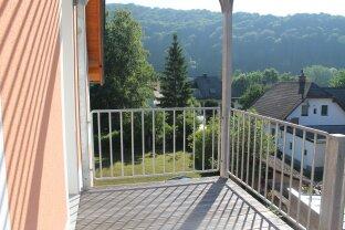 Schöne & ruhig gelegenen Dachgeschosswohnung in Weißenbach