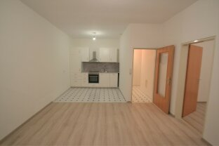 schöne Erdgeschoßwohnung mit Wohnküche und Schlafzimmer