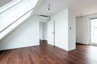 Helle 4 Zimmer Dachgeschoss-Maisonette mit Terrasse U6+U3 nähe