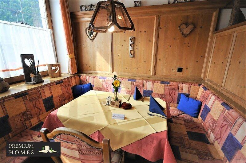 Radfeld_Gasthaus_Pizzeria_Inneneinrichtung