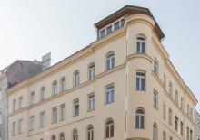 Altbau-Appartement, U1
