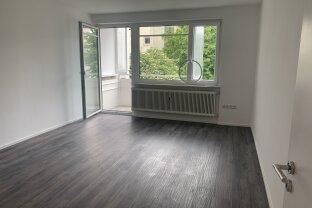 2 Zimmerwohnung mit Westbalkon ab sofort beziehbar